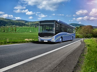 IVECO GAS-POWERED COACH MAKES OFFICIAL WORLD DEBUT