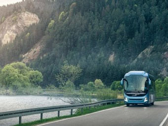 VOLVO 9000 COACH RANGE IN STRONG EURO SALES START