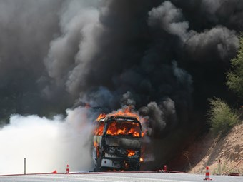 BUS FIRE REPORT SHINES SPOTLIGHT ON BRAKES, WHEEL WELLS