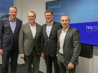 DAIMLER BUSES MAKES DIGITAL MOBILITY MOVE