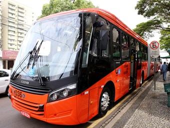 BRAZIL RECEIVES ITS FIRST SCANIA BI-ARTICULATED BUSES