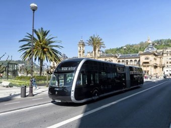 SWISS ELECTRIC 'TRAM-BUS' CONTRACT CONFIRMED
