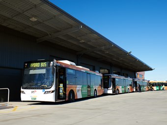 CDC VICTORIA OFFICIALLY WELCOMES HYBRID BUS FLEET
