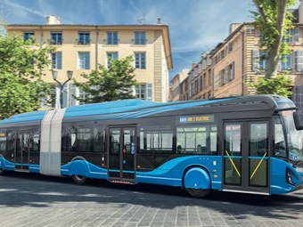 IVECO 18-METRE ELECTRIC BUS DEBUTS AT BUSWORLD 2019