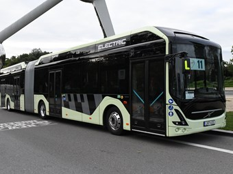 HIGH CAPACITY, ENERGY EFFICIENCY KEY TO VOLVO ARTICULATED E-BUS
