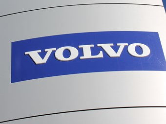 Volvo Trucks ditches plan for LNG engine in North America