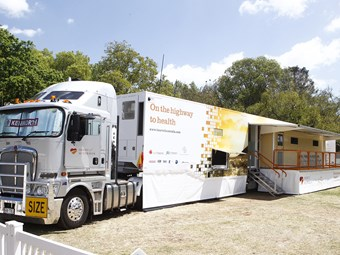 Kenworth provides support to Heart of Australia project