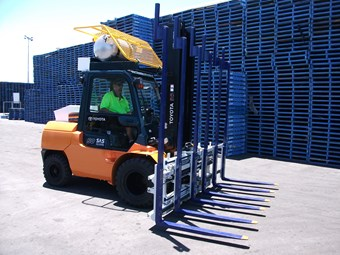 Chep cuts waiting time with triple-tine forklift
