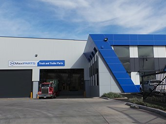 MaxiParts opens new headquarters and wholesale warehouse