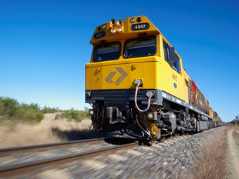 Aurizon renews Queensland coal deals with mines