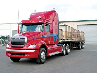 Freightliner Columbia C112 and CL120 truck reviews