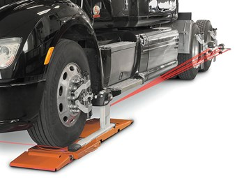 Hunter unveils new wheel alignment system