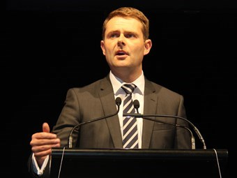 Mullighan tightens SE Freeway truck safety approach