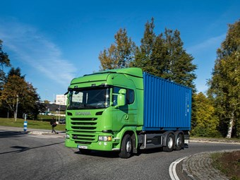 Scania electric-biodiesel hybrid truck aims to slash emissions