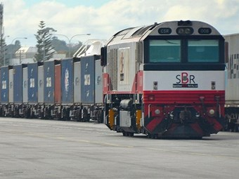Fremantle container merges rail and road