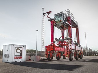 Kalmar testing fast-charging straddle carrier solution