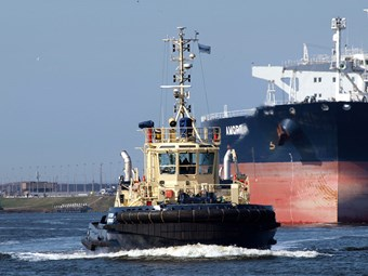 Port operations nationwide feel sting of tug strike