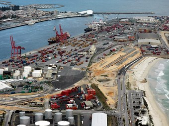 Fremantle Port rail service sees new high