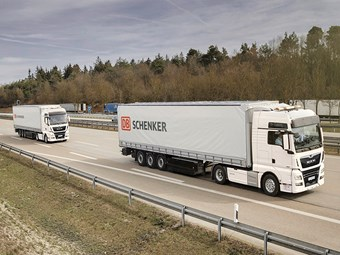 VW calls for legislative catch-up on platooning