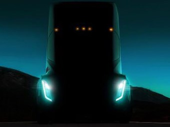 Musk says Tesla Semi will outmuscle diesel truck