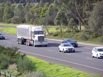 More road rule changes impact trucks in Victoria