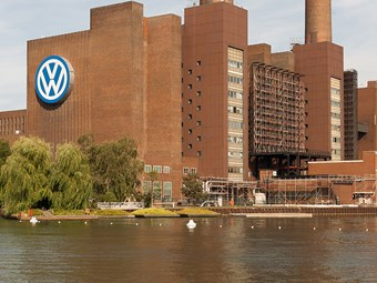 VW work vehicle arms racks up revenue gains