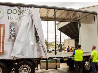 Express Truck Curtains launches buckle-free system
