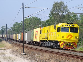 Linfox and Aurizon accelerate services in Queensland regions