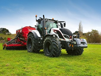 Review: Valtra T174EV