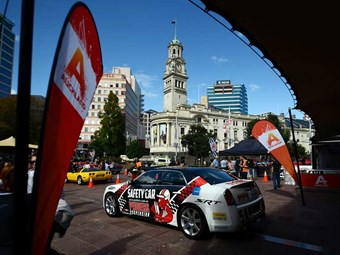 Auckland revs up as V8 Supercars return
