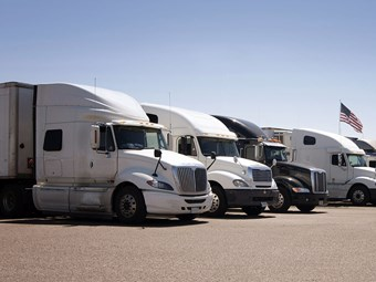 US senator seeks to lower age eligibility for interstate truck drivers