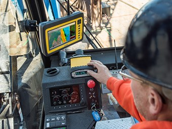 Trimble brings sub-metre accuracy to marine construction