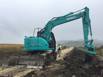 Kobelco ED160 Blade Runner is a digger and dozer in one