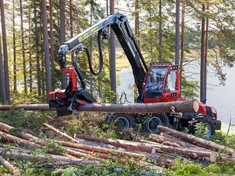Komatsu Forest introduces triple-pump hydraulics