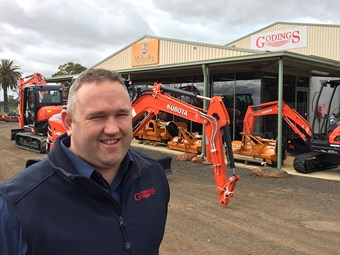 Kubota dealer Godings goes it alone
