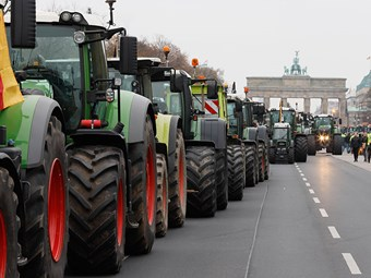Tractors hit streets in Europe protests