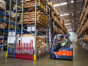 Case study: Toyota forklifts shine in warehouse's tight spaces