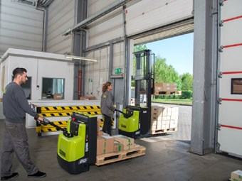 Clark Equipment brings in new pallet truck