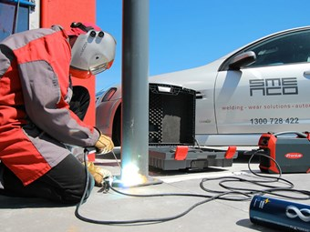 Battery-powered Fronius welder adds voltage reduction
