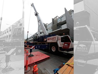 Skylift reaches new heights with Tadano 220-tonner