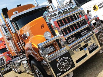 Special Edition Mack Titan truck review