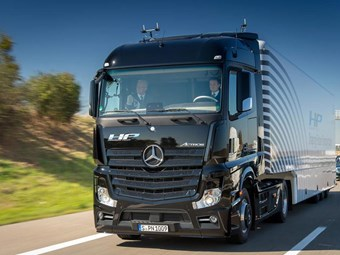 Mercedes-Benz claims automated vehicle first