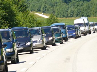 Record van sales headline 2015 Daimler figures