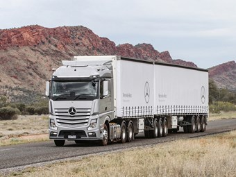 Mercedes-Benz lowers truck parts prices