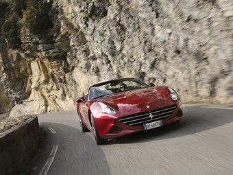 Video: Ferrari California T drive