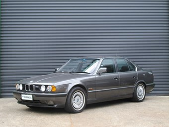 E34 M5 BMW on the block - max bang for your buck