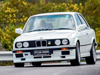 1986 BMW 333 Review  with John Bowe - Video