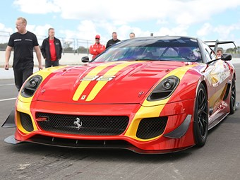 Ferrari 599XX Evoluzione track car video with John Bowe - Toybox
