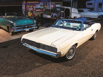 1970 Mercury Cougar - reader resto