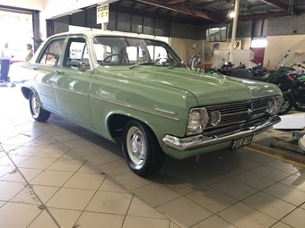 1967 Holden HR - auction action